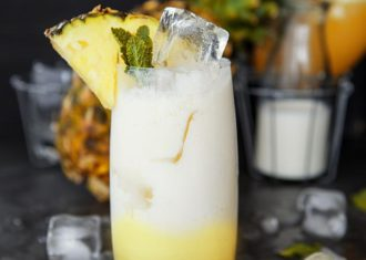Piña Colada – recipe for tropical summer drink